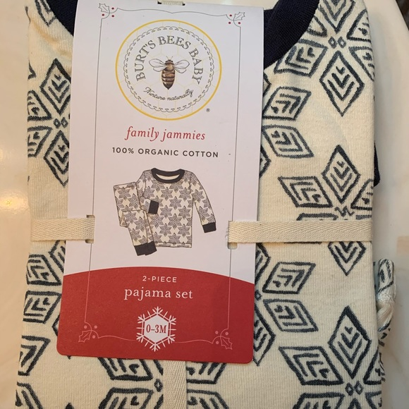 NWT Burt/'s Bees Family Jammies Baby Boy Sz 0-3 month Pajama Set Organic PJ Lot